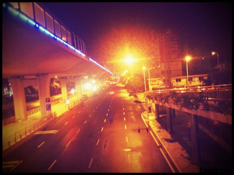 凌晨2点后的仙岳路
